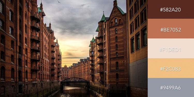 Bức ảnh chiều hoàng hôn tại Hamburg với các sắc thái cam ấm nóng phù hợp với chủ đề thân mật, tích cực